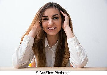 negócio mulher, sentando, tabela, retrato, feliz