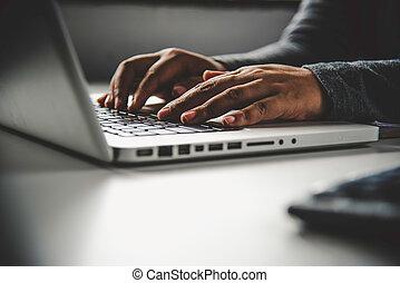 negócio mulher, trabalhando, computador laptop, escritório