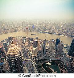 negligenciar, shanghai, em, anoitecer