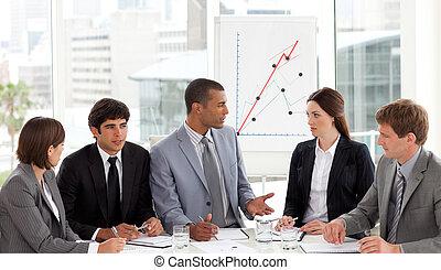 negocio internacional, gente, en, un, reunión