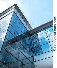 negocio moderno, edificio, con, cielo, reflexión