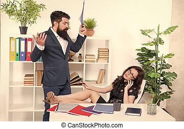 negotiations., szef, znowu, próba, uwaga, addicted., ważny, kobieta, jej, lady., ruchomy, kolega, posiadanie, rozmowa telefoniczna, komunikacja, problem, głoska., telefon, talk., zajęty, ubiegając, conversation.