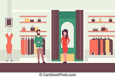negozio, appartamento, moda, shopping, vestiti, consulente, moderno, venditore, dall'aspetto, elegante, centro commerciale, donna, femmina, specchio, interno, nuovo, orizzontale, tentando, vestire, mercato, uomo