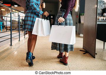 negozio, borse, shopping, due persone, femmina