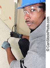 negro, electricista