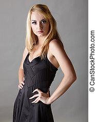 negro, poco, vestido