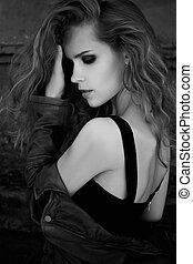 negro y blanco, moda, retrato, de, un, hermoso, niña joven