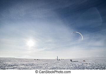 neige bleue, cerf volant, kiteboarder