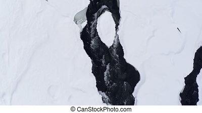 neigeux, pendant, hiver, écoulement, ruisseau, secteur, 4k