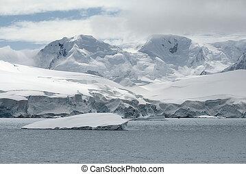 Neko Harbor, Andvord Bay, Antarctic Peninsula