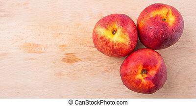 nektaryna, owoc
