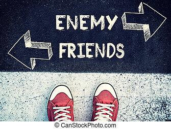 nemico, amici