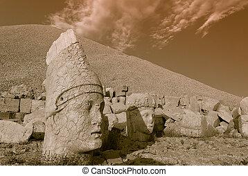 Nemrut dagi - Stone face at the ancient site of Nemrut Dagi...