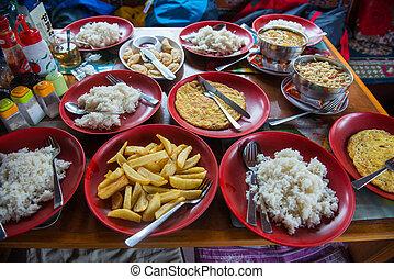 nepalese, trekking, cibo, su, il, montagna