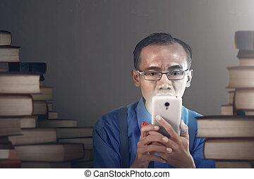 nerdy, smartphone, dzierżawa, człowiek
