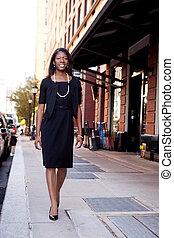 nero, donna affari