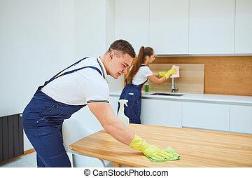 nettoyage, travail équipe, service, cuisine, intérieur, blanc