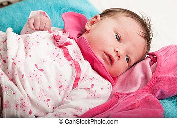 wenig 15 schl ft tage neugeborenes fest baby. Black Bedroom Furniture Sets. Home Design Ideas