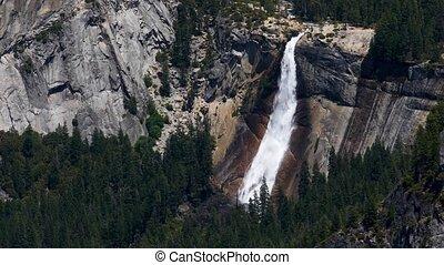 Nevada Falls in Yosemite Loop - California?s Merced River ...