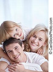 nevető, család