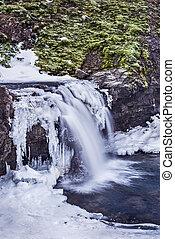 nevoso, cascata, in, iceland's, altopiani
