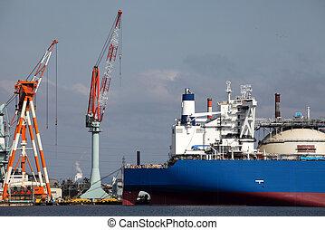 New building ship in shipyard