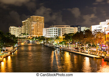 New River in downtown Ft Lauderdale at night, Florida, USA