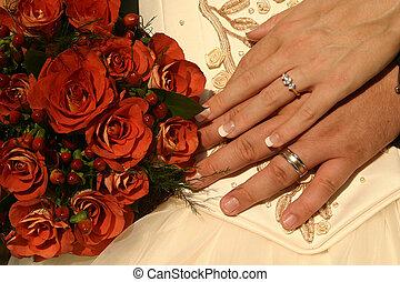 new wedding rings - Wedding rings on display