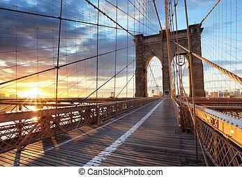 New York, Brooklyn bridge, Lower Manhattan, USA