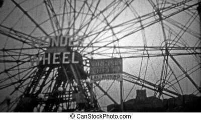 NEW YORK CITY - 1946: Coney Island' - Original vintage 8mm...
