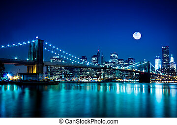New York City Brooklyn Bridge - Night scene of the New York...