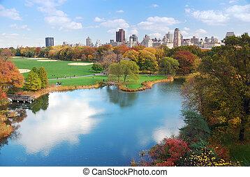 New York City Manhattan Central Park panorama in Autumn lake...