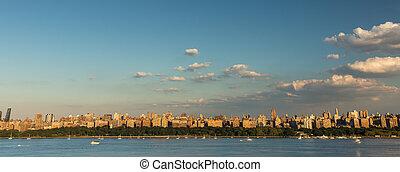 New York City - Manhattan seen from New Jersey