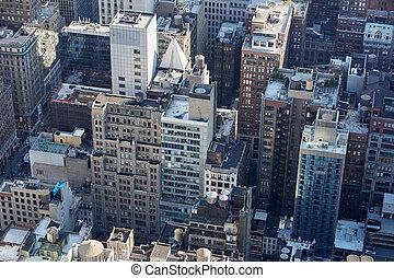 new york city, manhattan skyline, luftblick, mit, wolkenkratzer, dach, spitzen