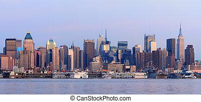 New York City Manhattan sunset pano