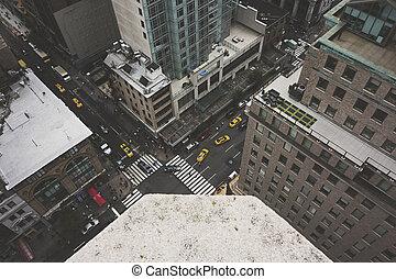 New York City Street - NEW YORK CITY - August 22: A bustling...
