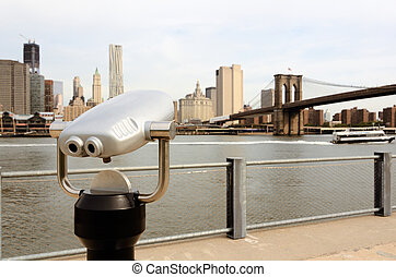 New York Sightseeing - binoculars for sightseeing from...