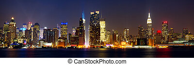 New York skyline - Manhattan skyline panorama with Times ...