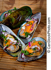 New Zealand Green Lip Mussels prepared with red onion and ...