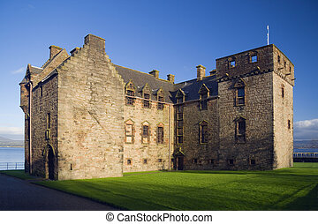 newark castle - Newark Castle, lit by a low sun, Port...
