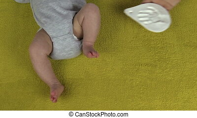 newborn footmark palm mark