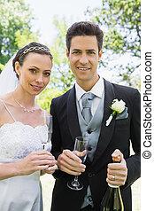 newlywed, párosít, birtoklás, pezsgő