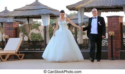 newlywed, para