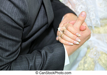 newlyweds, mãos