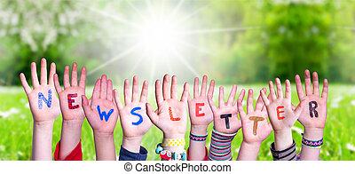newsletter, 建物, 草, 牧草地, 単語, 手, 子供