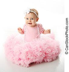 niña, bebé, pettiskirt, llevando, perlas, tutu