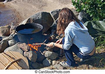 niña, campfire