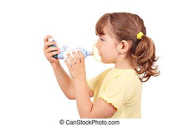 niña, con, inhalador del asma