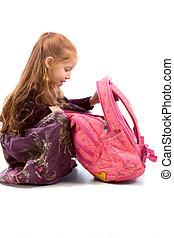 niña, con, mochila