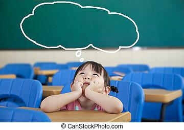 niña, con, pensamiento, burbuja, en, el, aula